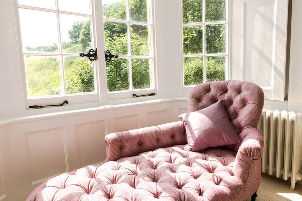 Master-bedroom-chaise-longue